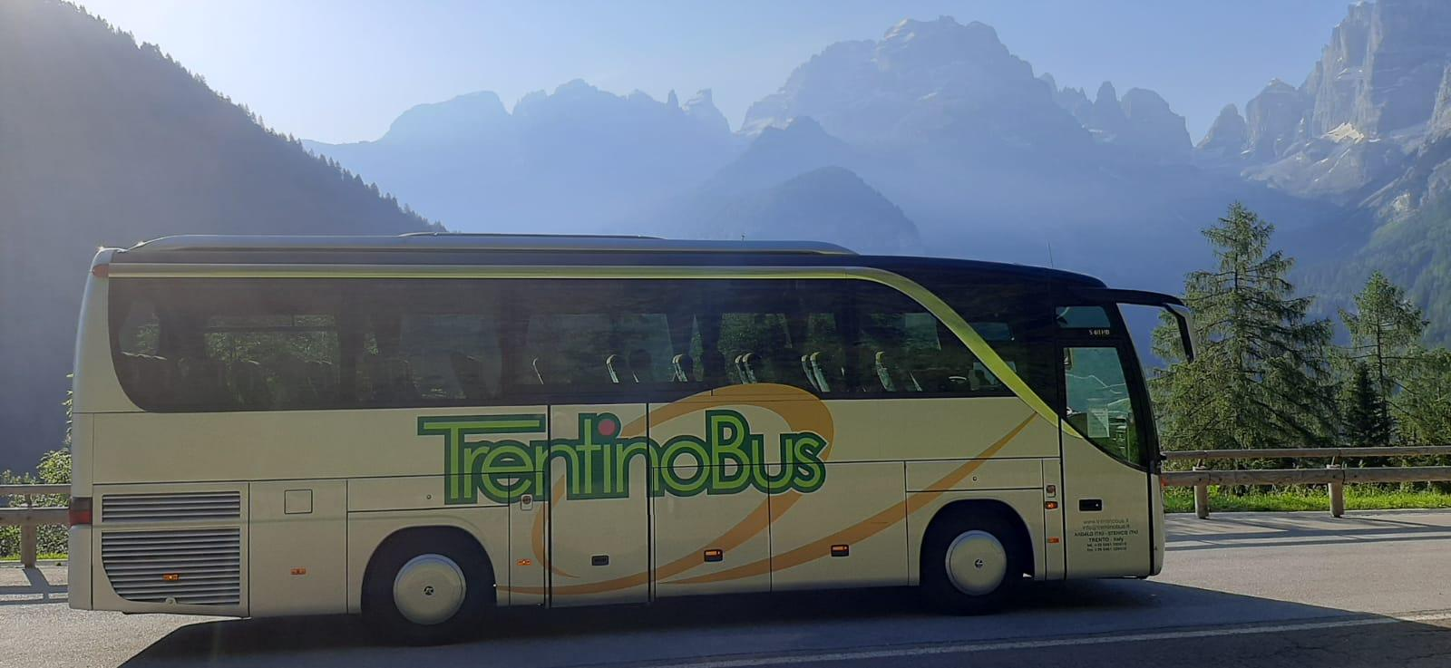 SETRA S411 - ENTREVES